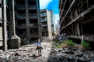 niña perdida en terremoto que sobrevive
