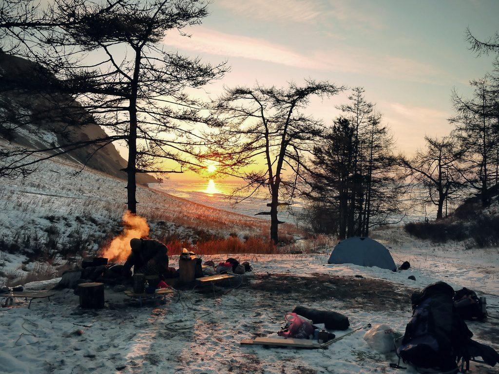 sobreviviendo en la nieve